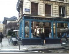 パリのレストラン Chez Julien 美術館のようにおしゃれで気軽なレストラン♪