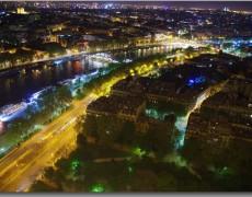 パリ エッフェル塔の夜景