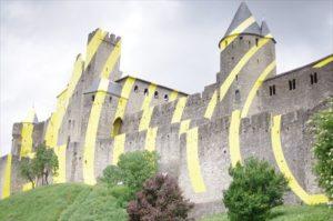カルカッソンヌの城壁 期間限定のペイントに出逢う